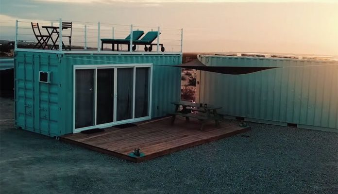 Off-grid-shipping-container-home-9-696x425