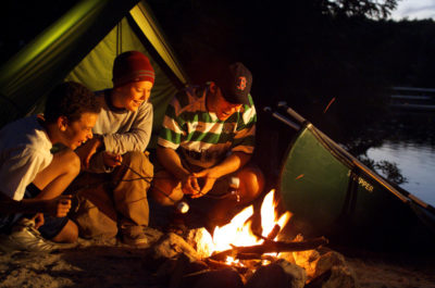 camping-famzeeDOTcom-400x265