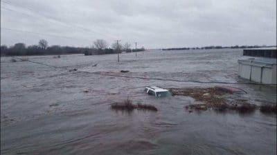 neb-flooding-car-14mar19-400x225
